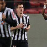 No ritmo de Cazares, Atlético-MG goleia e garante liderança na Libertadores