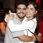 """Ex namorados: Maria Casadevall responde Caio Castro após elogio: """"Contigo, amadureci também"""""""