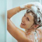 Cientistas afirmam: tomar banho todos os dias é prejudicial à saúde!