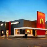 McDonald's: Jovem é demitido após mostrar mofo em máquina