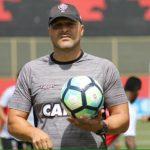 Técnico interino do Vitória lamenta derrota contra Chapecoense