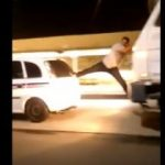 """Vídeo: Coisa de Cinema em Salvador """" homem escala entre caminhão e taxi na Avenida Bonocô"""""""