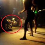 Vídeo: Mulher quebra o pescoço dançando em Baile Funk