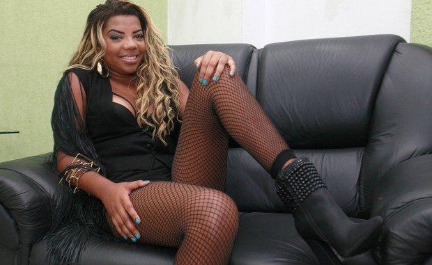 b14fd57a3 Cantora Ludmila posta fotos DAQUELE JEITO e causa alvoroço na internet -