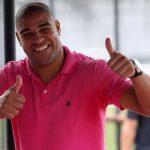 Clube paulista descarta contratação de Adriano após reunião