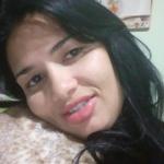 BARBARIDADE: Homem mata a EX por ciúmes com 36 facadas na frente das filhas