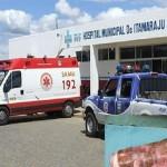Homem enfia raiz de mandioca no ÂNUS e vai parar no hospital
