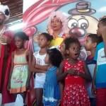 """Grupo Filantrópico """"Meu Kamba"""" promove festa para as crianças na Lagoa dos Patos"""