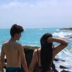 """Jovem posta foto na praia e o Tamanho do seu """"BUMBUM"""" Quebra  a internet!"""