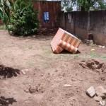 Mulher que enterrou o filho recém-nascido diz que desmaiou após parto