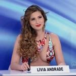 SBT: Lívia Andrade nega que já fez programa e dispara contra Mara