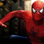 Estudante morre ao cair de prédio quando fazia selfie vestido de 'Homem-Aranha'