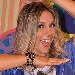 Carla Perez, aos 40 anos posta foto de biquíni e enlouquece a web