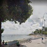 Corpo de homem é encontrado boiando na praia da Barra nesta quarta; vítima tinha 70 anos