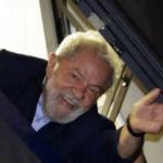 Lula decide que não vai se entregar, e defesa aguarda decisão do STJ