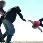Chocante! Pai joga filha de seis meses de telhado em protesto contra governo
