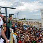 Netinho volta a puxar trio elétrico na Bahia após cinco anos