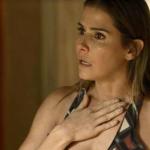 Karola entra em pânico ao ser desmascarada por roubo de bebê em Segundo Sol