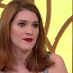 Contratada da Globo, Ana Clara dá show de estrelismo e despreza a imprensa