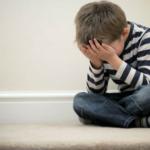 Menino bonito não grita, dizia pai que abusava do filho de 5 anos