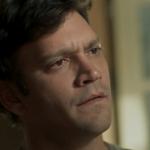 Ionan entra em relacionamento homossexual em final de Segundo Sol