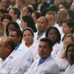"""""""Não queremos voltar pra lá"""". A aflição de médicos cubanos no Brasil"""