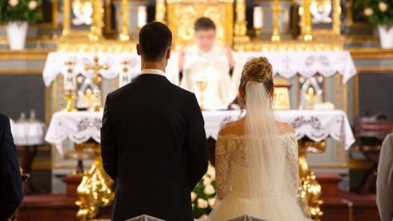 Noiva se vinga no altar após descobrir traição às vésperas do casamento