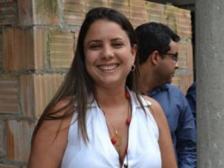 Mirela diz que não pensa em prefeitura de Lauro de Freitas