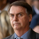 Bolsonaro vai mudar de 5 para 10 anos validade da carteira de motorista