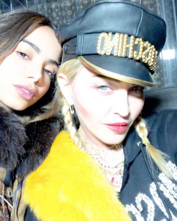 Anitta posta foto com Madonna