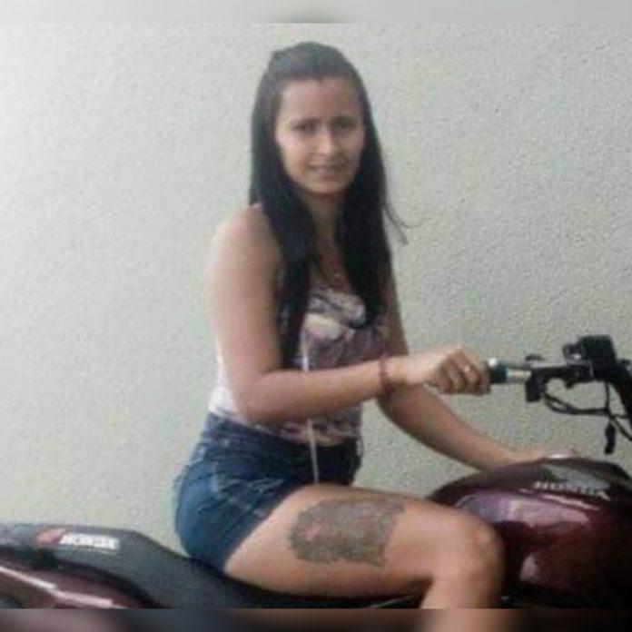 Mulher é assassinada com mais de 50 facadas pelo ex-marido