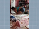 Mãe filmada espancando os 4 filhos no Recife é presa