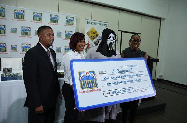 Rapaz ganhou 1 milhão na loteria