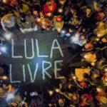 """Juiz determina fim da Vigília """"Lula Livre"""" e sugere: Vão trabalhar"""
