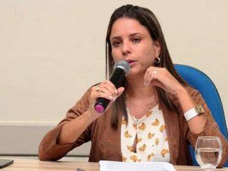 Deputada Mirela