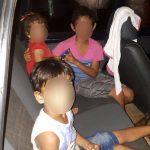 Pais deixam crianças e bebê trancados em carro para irem a boate