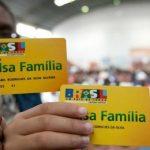 Bolsa Família pode aumentar para R$ 400 por mês em 2019