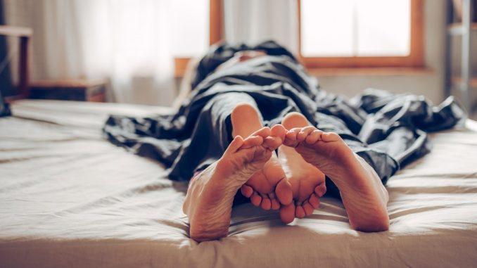 Mulher morre após cinco horas de sexo sem interrupção