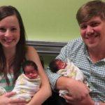 Casal dá a luz 3 crianças negras, mas ambos os pais são brancos