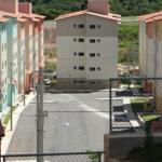 Terror em Lauro de Freitas: Troca de tiros entre facções criminosas no Capelão
