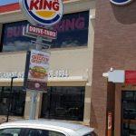 Secretário da Prefeitura de Lauro de Freitas autoriza funcionamento de Burger King sem Alvará