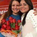 Moema e Mirela fazem reunião a portas fechadas na secretaria do município