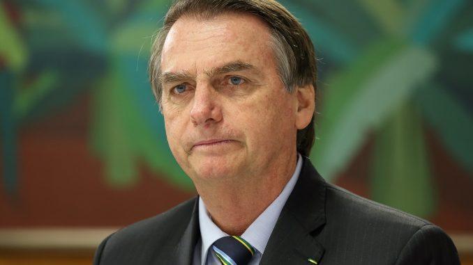 Bolsonaro rebate Lula
