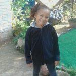 Menina de 6 anos some e mãe se desespera: 'Deixei na cama'