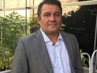 Mauro Cardim afronta Moema