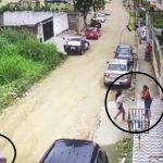 Casal de moto rouba mulher na cara dura em Itinga. Veja o vídeo