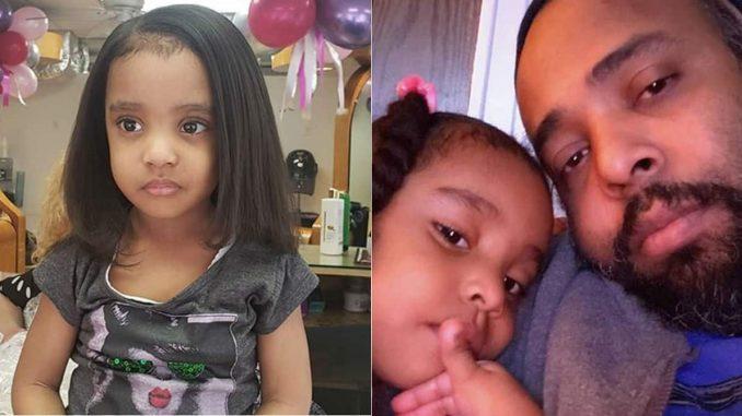 Pai prende filha de 3 anos no carro