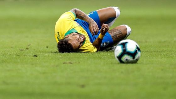 Neymar é cortado da seleção