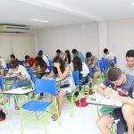 Faculdade oferece mais de 10 mil cursos gratuitos em Lauro de Freitas e Salvador