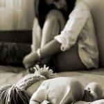 Padrasto oferece dinheiro por sexo para estuprar enteada de 15 anos